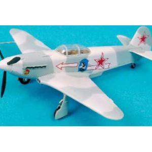 Yak-3 303ème Régiment de Chasse – T37226 – 1/72