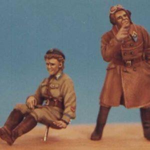 Figurine Pilotes homme et femme soviétiques (KSHG032) 1/48