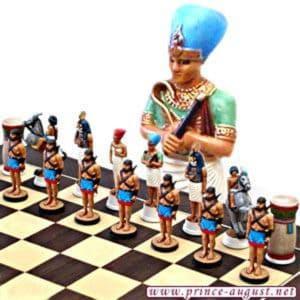 723- Moules Echecs Les Égyptiens Ramsès II (PA723)
